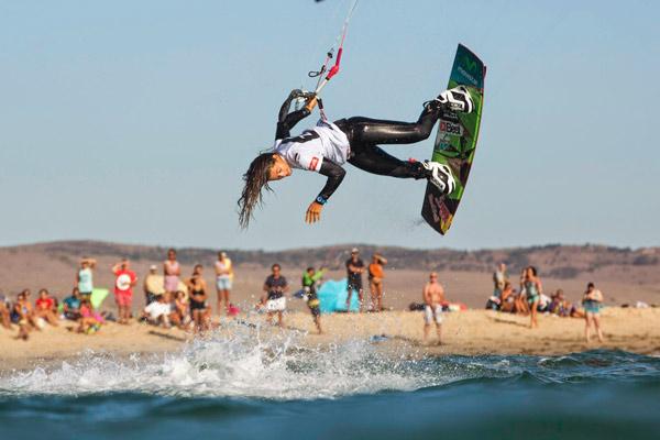 Lances, Cadiz, Kitesurf, PKRA, campeonato mundial de kitesurf, kite, kiters, seguridad,Tarifa, Gisela Pulido, trucos, record guiness, seguro de kitesurf, deporte, playa, viento, seguro de kitesurf, wiquot, gestor inteligente de finanzas personales.