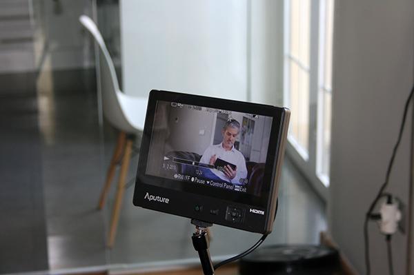 vídeo de Wiquot, Wiquot, spot, publicidad, vídeo corporativo, gestor inteligente, de finanzas personales, finanzas personales, ahorro, gastos, facturas, contratos, seguros, papeleo, control.